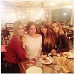 Con le amiche. (Foto Instagram)