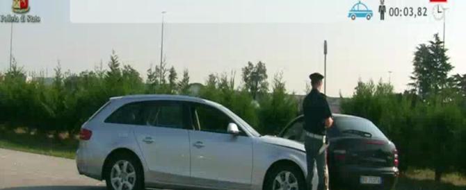 Osservatorio 'Sbirri Pikkiati': in Italia agenti di polizia aggrediti ogni 4 ore
