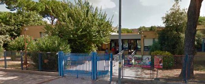 Roma, abusava di un bimbo disabile a scuola. Arrestato l'educatore pedofilo