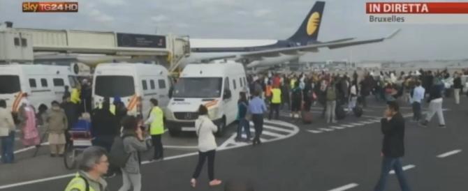 Bruxelles, il bilancio sale a 34 morti e 130 feriti. Si temono nuovi attacchi