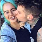 """Il cantante ha pubblicamente """"rivalutato"""" le donne italiane, parlando su Snapchat. (Foto Instagram)"""