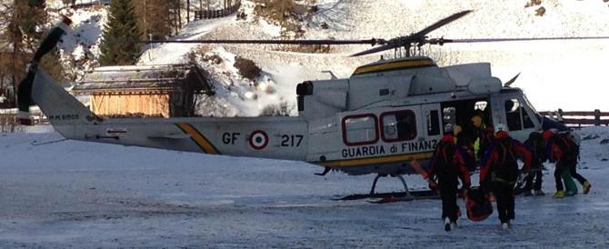 Valanga seppellisce dieci sciatori in Alto Adige: recuperati sei corpi