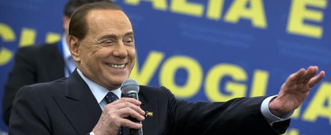 """Berlusconi """"riparte"""" da Milano. E annuncia: «Sarò nonno per la nona volta»"""