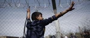 A Idomeni si è sparato a «altezza di bambino»: la denuncia di Medici senza Frontiere