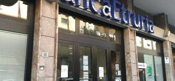 Decine di dipendenti di Banca Etruria a processo per truffa?