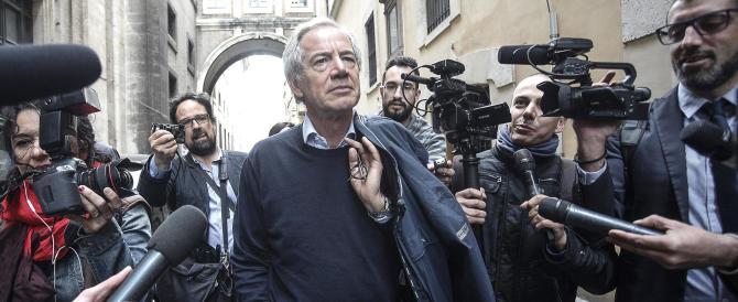Bertolaso resiste: «Berlusconi mi ha detto di andare avanti»