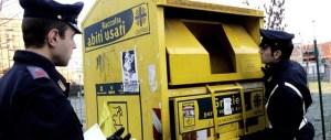 Rubano abiti destinati alla Caritas: arrestati quattro romeni