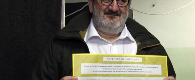 Referendum, nel Pd è già bagarre. Contro i renziani zelanti si scatena il putiferio