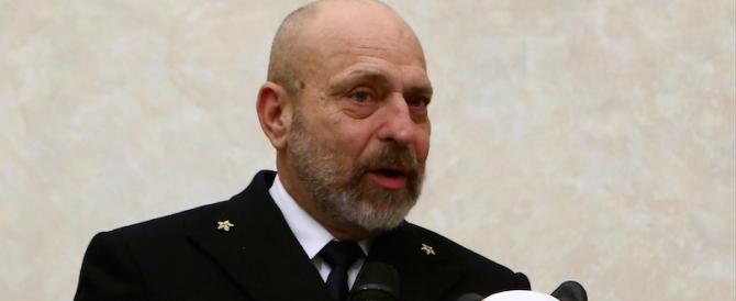 """Petrolio, la """"macchia"""" si allarga: indagato anche il capo della Marina De Giorgi"""