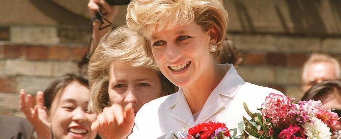 """William e Kate """"ritrovano"""" Lady Diana in India e si siedono sulla sua panchina"""