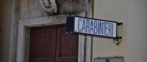 Molotov contro una caserma dei carabinieri: ritorsione degli anarchici