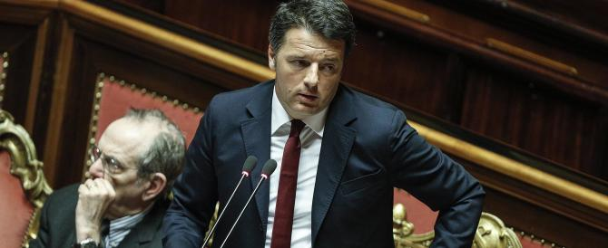 "Renzi replica a De Magistris: ""Volgare, indegno, vergognoso"""