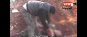 Ucciso il cannibale di al Qaeda: mangiò il cuore di un soldato siriano (video)