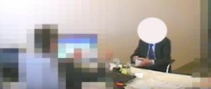 Ex assessore socialista preso mentre intasca mazzetta (video)