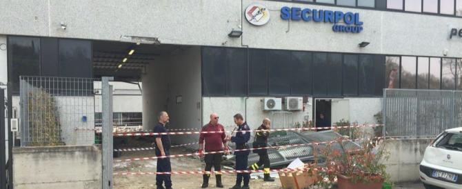 Siena: un commando paramilitare armato di kalashnikov assalta caveau