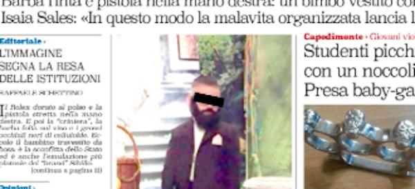 """Foto-choc sui social: bimbo napoletano vestito da boss fa il pieno di """"like"""""""