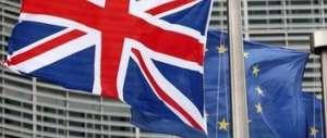 Londra, parte la campagna per uscire dalla Ue. Soccorso rosso per Cameron
