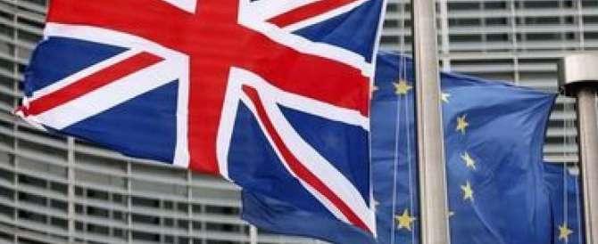 Sondaggi Brexit: torna il vantaggio il no all'Europa, ecco di quanto