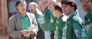 """Dalle camicie verdi ai conti in nero: nei Panama Papers lo """"stilista"""" di Bossi"""