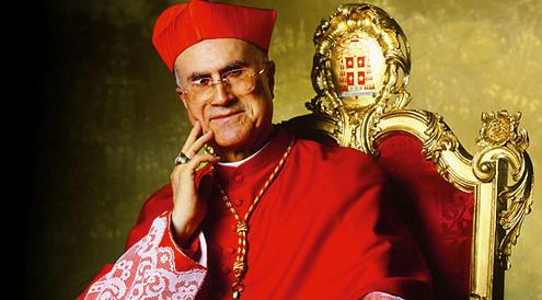 """Bertone: """"L'attico di 700 mq? È piccolo. 30 cardinali hanno case più grandi"""""""