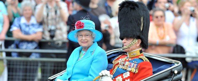 Elisabetta II celebra oggi 65 anni sul trono: Giubileo di Zaffiro con i sudditi