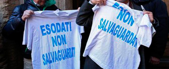 «Tempo scaduto»: esodati in rivolta davanti al ministero dell'Economia