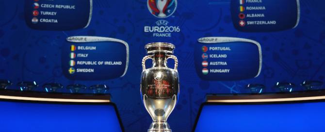"""Nizza si prepara agli Europei di calcio con """"occhi elettronici"""" anti-terroristi"""