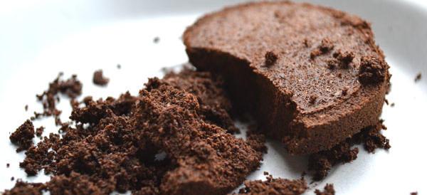 I fondi di caffè: ecco perché  sarebbe meglio non buttarli, ma riciclarli