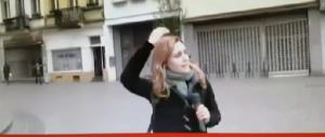 Giornalista italiana aggredita da tre giovani a Molenbeek (VIDEO)