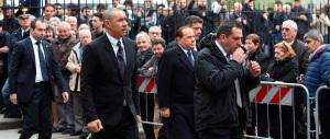 Maldini, anche il Cav al funerale. Di Biagio: «Scusa per quel rigore…»