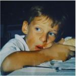 Il calciatore da piccolo. Questa foto è stata pubblicata su Instagram giusto qualche settimana fa.  (Foto Instagram)