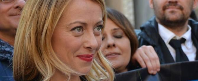 Giorgia Meloni: «Via tutto quel che fa schifo, Roma tornerà ad essere Roma»