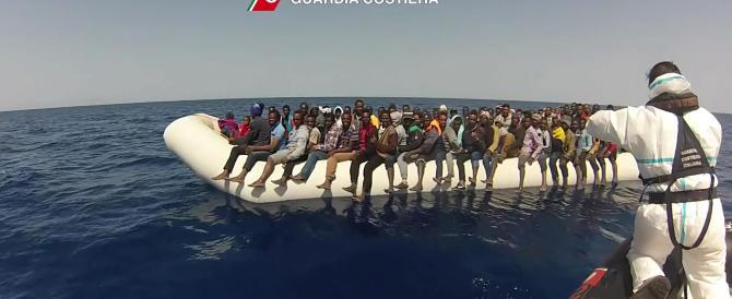 Sindaci obbligati ad accogliere i migranti: il diktat del Viminale