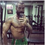 Mr Universo, è un culturista apprezzato e possiede una palestra. (Foto Instagram)