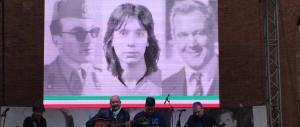 A Milano mille fiaccole e braccia tese per Borsani, Ramelli e Pedenovi
