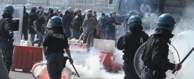 Renzi a Napoli e scoppia la rivolta: non lo sopporta più nessuno