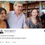 Spesso il critico pubblica sui social anche dei brevi video.  (Foto Facebook)
