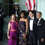 Le due famiglie alla serata di gala.  (Foto Instagram)
