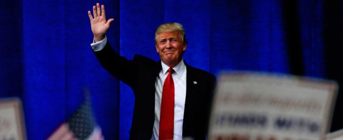 Sorprendente Trump: «Con Gheddafi feci un sacco di soldi»