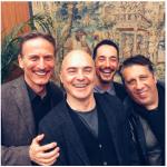 Sul set con gli altri attori del Commissario Montalbano. (Foto Instagram)