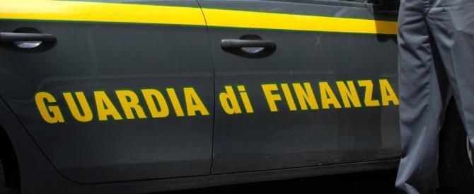 """Scoperti dalla Guardia di Finanza 12 """"finti poveri"""": guadagnano 200mila euro"""