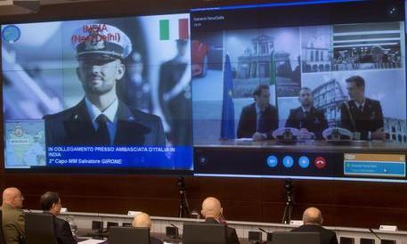 Marò, Gasparri: Renzi non tiri la corda, la nostra pazienza non è infinita