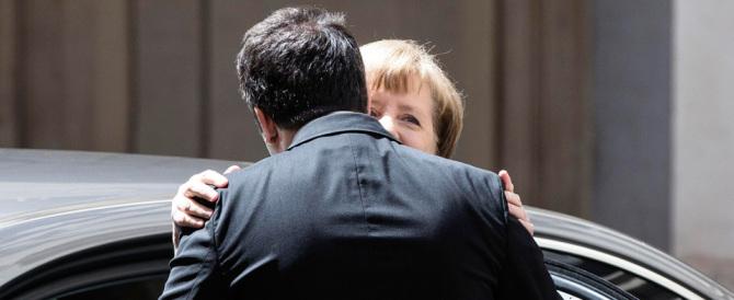 Salvini: «I baci e gli abbracci tra Renzi e la Merkel mi hanno fatto schifo»