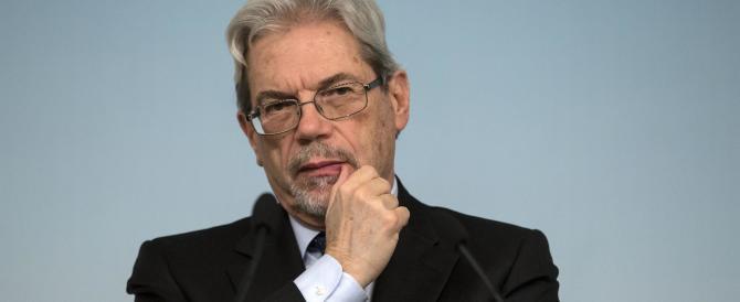De Vincenti non partecipa al consiglio dei ministri perché interrogato dai pm