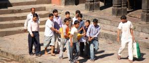 """India, il pranzo per il """"caro estinto"""" si trasforma in intossicazione collettiva"""