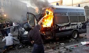 Devastarono Roma, ma hanno la faccia tosta di accusare la polizia