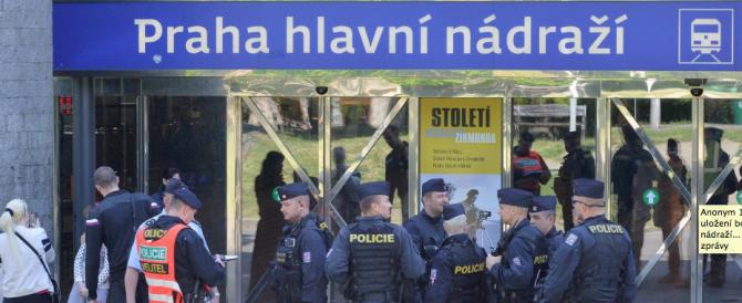 Allarme attentati a Praga: chiusa la metro, evacuati decine di edifici