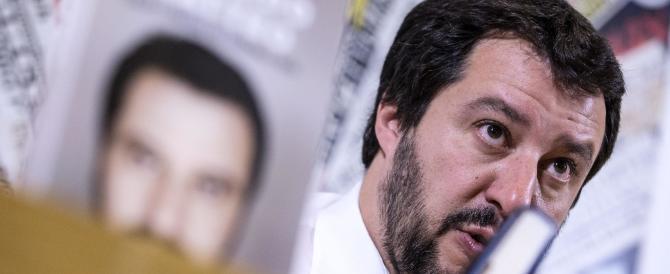 Salvini contestato a Roma: «Le zecche rosse non mi fermeranno» (VIDEO)