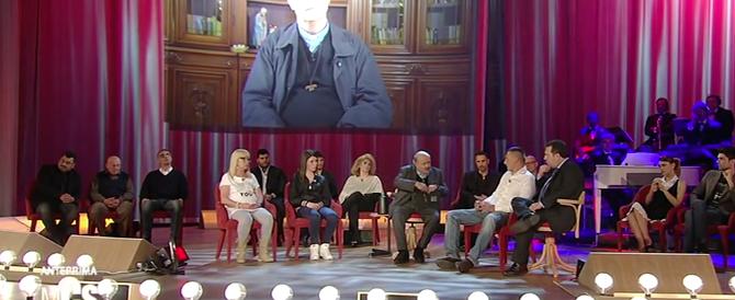 In tv il dramma di Fortuna: Costanzo invoca la castrazione chimica tra gli applausi