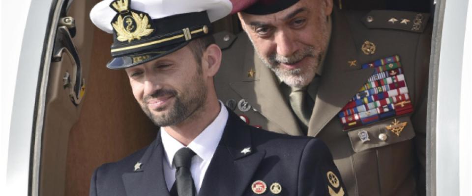 Il marò Girone finalmente in Italia: è sbarcato a Ciampino (foto gallery)